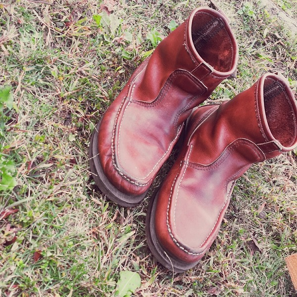 キャンプの靴